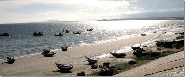 Vietnamese_fishing_boats