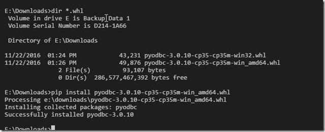 2016-11-22 13_26_45-crud.py - Visual Studio Code